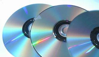 B'zとAKBのCD売上